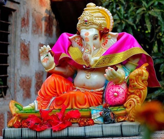 Suggestions for ganesh chaturthi decoration ideas images ganesh murti for home thecheapjerseys Choice Image