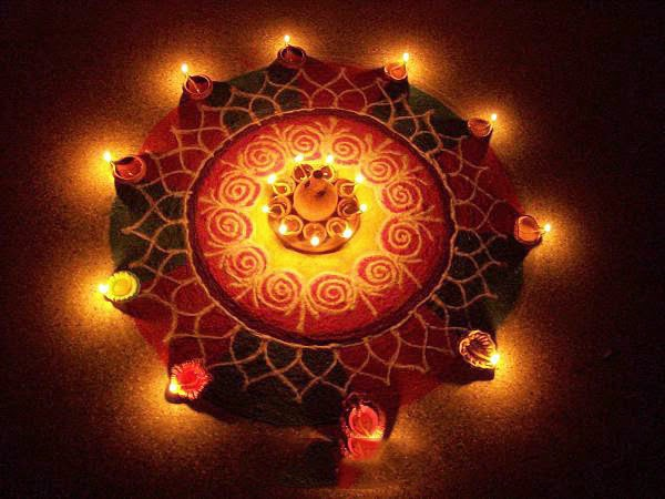 Diwali rangoli designs with dots flowers deewali rangoli for Simple diwali home decorations